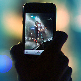 Apple to block iPhone photography, video recording at